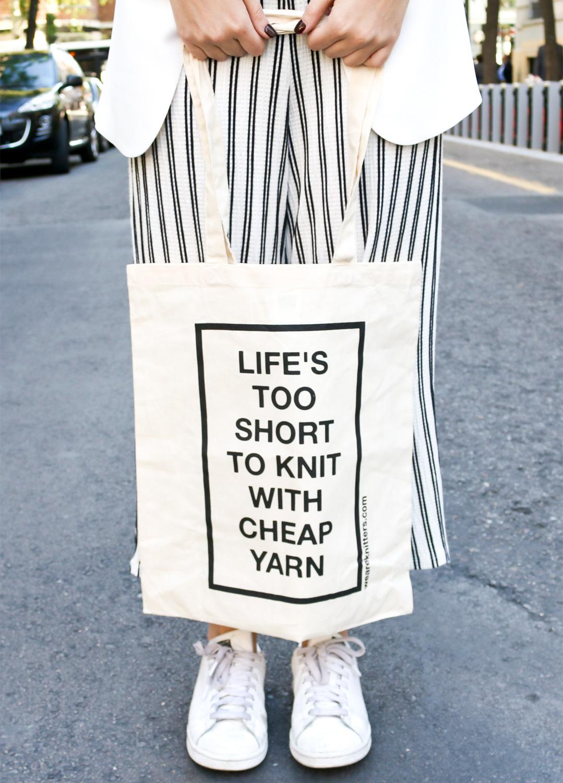 Bolsa de tela: Life is too short | We Are Knitters